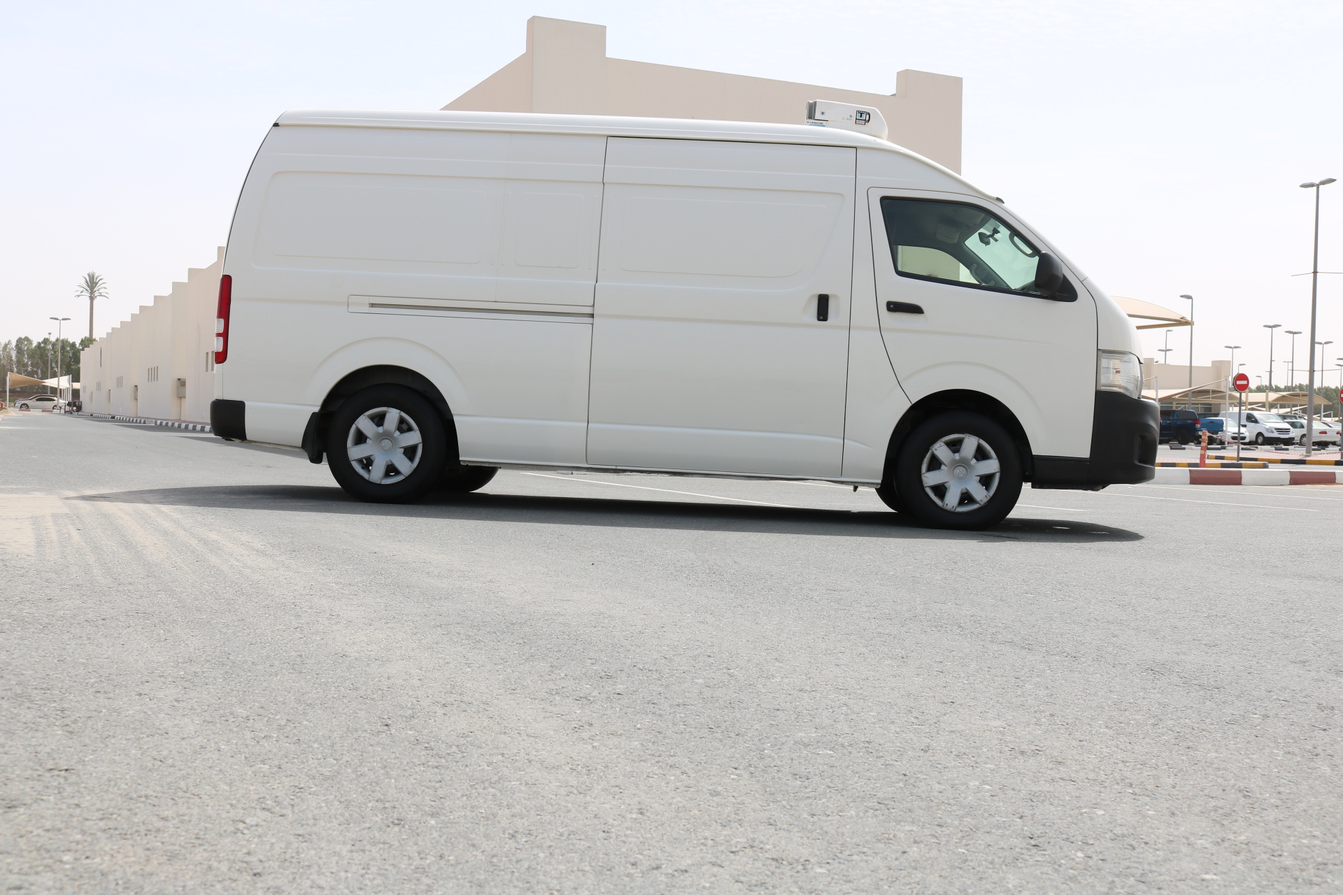 chiller van rental dubai